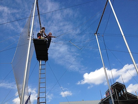 IMG 0337 A Trapeze Date